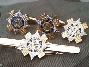 【送料無料】メンズアクセサリ― カフスボタンバッジネクタイクリップセットscots guards military cufflinks, badge, tie clip military gift set