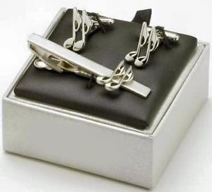 【送料無料】メンズアクセサリ― カフスボタンタイバーカフリンクmusic quaver cufflinks amp; tie bar gift set cuff links
