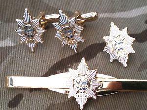 【送料無料】メンズアクセサリ― ウースターシャーカフリンクスバッジネクタイクリップセットworcestershire amp; sherwood foresters cufflinks, badge, tie clip military gift set