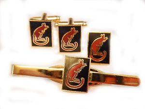 【送料無料】メンズアクセサリ― 7デザートラットカフスリンクバッジネクタイピンセット7th armoured desert rats cufflinks, badge, tie clip military gift set