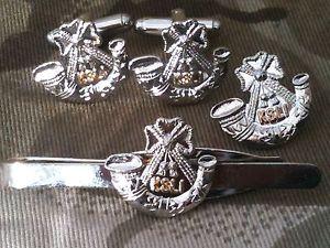 【送料無料】メンズアクセサリ― ksliシュロップシャーカフスリンクバッジネクタイピンセットksli kings shropshire light infantry cufflinks, badge, tie clip gift set