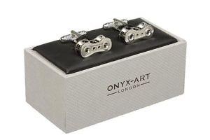 【送料無料】メンズアクセサリ― シマメノウカフスリンクバイクサイクルチェーンカフスリンク シルバーbike cycle chain cufflinks in onyx art cufflink box silver or gold colour