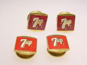 【送料無料】メンズアクセサリ― ビンテージゴールドトーンエナメルグムスナップカフリンクアップrare vintage gold tone enamel seven up kum a part advertising snap cuff links