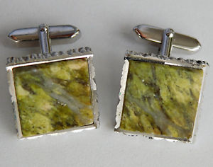 【送料無料】メンズアクセサリ― hカフスリンクsquare cufflinks green marbled squares chunky accessories for men or ladies h