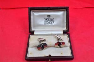 【送料無料】メンズアクセサリ― スターリングシルバーエナメルsterling silver painted dogs head enamel cufflinks garrard amp; co ltd boxed