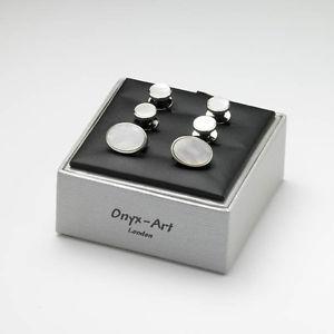 【送料無料】メンズアクセサリ― ボックスパールカフリンクスドレススタッドボルトmother of pearl cufflinks and dress studs in a gift box