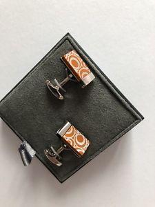 【送料無料】メンズアクセサリ― ボタンバッジカフスボタンオレンジシルバーロンドン*button amp; badge cufflinks orange and silver london