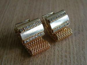 【送料無料】メンズアクセサリ― stunning individual goldtone wrap around cufflinks with rhinestonesstunning individual goldtone wrap around cufflinks with