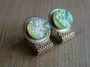 【送料無料】メンズアクセサリ― カフスボタンstunning individual goldtone wrap around cufflinks with lava crystals