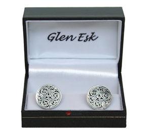 【送料無料】メンズアクセサリ― ケルトカフスリンクround cuff link with celtic design