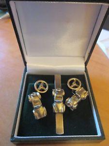 送料無料 メンズアクセサリ― アールデコビンテージスポーツカータイピンボックスダブルカフリンクスart deco vintage motoring sports car tie pin amp; double cufflinks gift boxedWQdrCxBoe