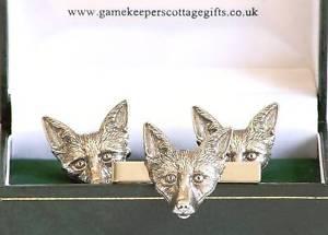 【送料無料】メンズアクセサリ― フォックスヘッドカフスボタンタイバーハンティングボックスセットfox head cufflinks and tie bar hunting gift set boxed