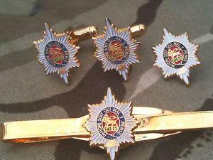 【送料無料】メンズアクセサリ― ウースターシャーカフスボタンバッジネクタイクリップセットworcestershire regiment cufflinks, badge, tie clip military gift set