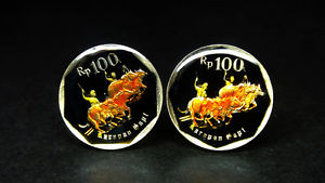 【送料無料】メンズアクセサリ― インドネシアコインカフスボタンバッファローレーシングエナメルindonesia enamelled coin cufflinks buffalo racing 21mm