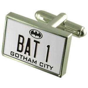 【送料無料】メンズアクセサリ― バットマンバットプレートカフスボタンクリスタルタイクリップバーボックスbatman bat 1 number plate cufflinks crystal tie clip bar box set engraved