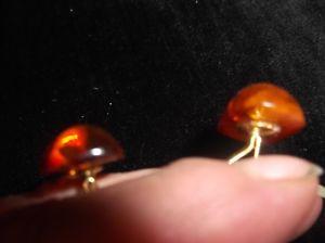 送料無料 メンズアクセサリ― ビンテージカフスボタンゴールドトーン?vintage gentlemans cufflinks gold tone with oval amberstamped uvaNw0PXk8On