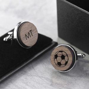 【送料無料】メンズアクセサリ― サッカーカフスボタンパーソナライズwooden football cufflinks personalised