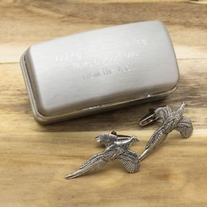 【送料無料】メンズアクセサリ― ピューターフライングキジカフリンクスパーソナライズカフリンクスボックスpewter flying pheasant cufflinks and personalised engraved cufflinks box