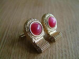 【送料無料】メンズアクセサリ― デザイナービンテージラップアラウンドメッシュカフスボタンdesigner swank vintage wraparound mesh cufflinks red stones