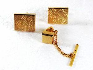 【送料無料】メンズアクセサリ― ドレッシーカフスボタンタイシールドgoldtone dressy cufflinks amp; tie tac by shields 31916