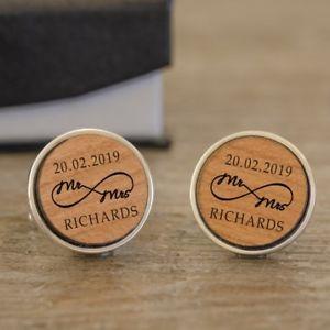 【送料無料】メンズアクセサリ― ミセスカフリンクスパーソナライズmr and mrs infinity wedding cufflinks personalised wooden
