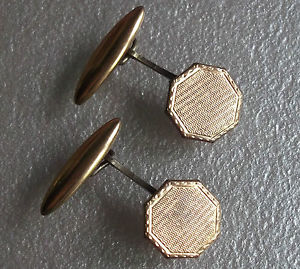 【送料無料】メンズアクセサリ― ビンテージメンズカフリンクスアートアールデコcufflinks vintage mens cuff links art deco 1920s 1930s 1940s aged goldtone
