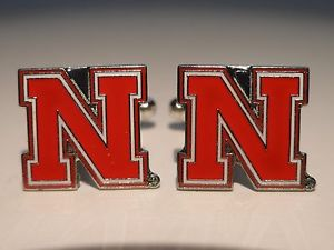 【送料無料】メンズアクセサリ― ネブラスカカフスボタンカスタムカレッジuniversity of nebraska cufflinks ncaa cornhuskers custom college nu