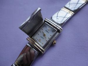 【送料無料】腕時計 ウォッチ レディースクオーツステンレススチールグラムスナップクロックビンテージfirmado nina damas cuarzo acero inoxidable 48 gramos 75 snap cerrar reloj vintage