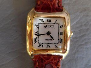 【送料無料】腕時計 ウォッチ ブレスレットマロンプラーククォーツrodania montre bracelet cuir marron carre plaque dore or femme quartz watch