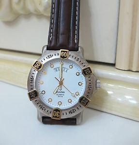 【送料無料】腕時計 ウォッチ ビンテージウォッチorologio bulova 79735 white datario vintage watch 3 atm water resistent rare