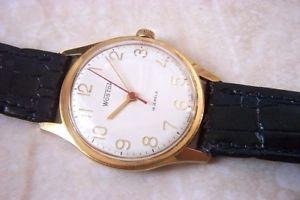【送料無料】腕時計 ウォッチ ソマニュアルアラームun manual de la urss realiz wostok viento reloj c temprano dcada de 1970
