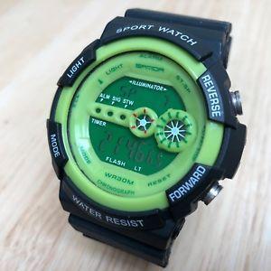 【送料無料】腕時計 ウォッチ ブラックグリーンフィールドデジタルアラームクロックsanda hombre 30m verde esfera negro lcd alarma digital reloj crono horas ~ de