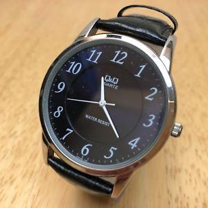【送料無料】腕時計 ウォッチ カラーシルバーブラックスフィアアナログクォーツqamp;q hombre 30m color plata esfera negra analogico reloj de cuarzo horas ~