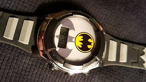【送料無料】腕時計 ウォッチ バットマンコミックフラッシュアラームフィールドファンタジーキッズbatman tm amp; dc comics accutime reloj nio flash esfera s15 fantstico infantil