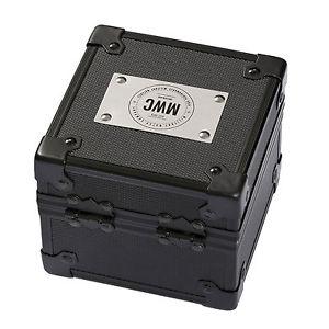 腕時計 ウォッチ メタルロゴポリカーボネートトラベルボックスmwc logo metal  high impact polycarbonate protective watch military travel box