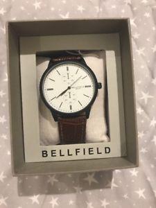 腕時計 ウォッチ ボックスブラウンベルトベルフィールドreloj pulsera bellfield para hombres correa marrn en caja de regalo
