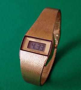 腕時計 ウォッチ ビンテージロイヤルブラーデジタルカラークォーツゴールドメタルブレスレットvintage royal buler lcd digial quartz fantastico oro de colores pulsera de metal