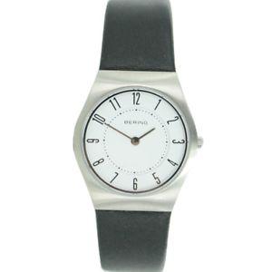 送料無料 腕時計 ウォッチ ベーリングレディクロックブレスレットレザースリムクラシックbering seora reloj reloj pulsera slim classic11930404 cueroSpqMVUzG