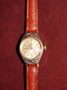 【送料無料】腕時計 ウォッチ ブレスレットプラークancienne montre bracelet femme plaque or yema 15 jewels
