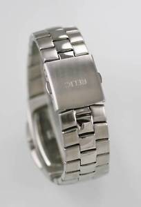 腕時計 ウォッチ アラームシルバーステンレススチールスタックrelic reloj hombres fecha plata acero inoxidable resistente al agua 30m pila