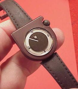【送料無料】腕時計 ウォッチ ヴィンテージロジャーリップmarrn vintage 28mm roger tallon kiple ecusson lip 1970s reloj de pulsera