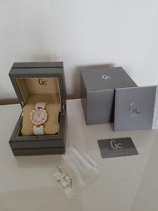 【送料無料】腕時計 ウォッチ コレクションmontre guess collection cramique