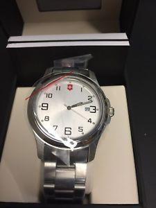 腕時計 ウォッチ アラームnuevo y en caja victorinox reloj 26054cb  envo gratis