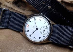 【送料無料】腕時計 ウォッチ ゼニスフィールドraro wwi zenith militar reloj de hombre esfera de esmalte blanco