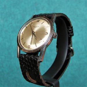 【送料無料】腕時計 ウォッチ ヴィンテージユニバーサルジュネーブウォッチスイスuniversal geneve vintage 1960s slim watch 1005 reloj montre uhr swiss