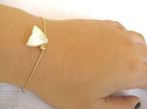 【送料無料】ブレスレット アクセサリ― サメ14kサメgold bracelet, shark bracelet, 14k gold filled, bracelet shark, beach bracelet