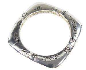【送料無料】ブレスレット アクセサリ― ッドクラダブレスレットアイリッシュストレッチシンボル claddagh bracelet stretch irish symbols love loyalty friendship