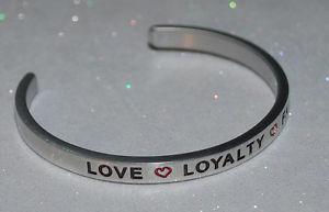 【送料無料】ブレスレット アクセサリ― ロイヤリティファミリーハンドメイドブレスレットlove * loyalty * family  handmade amp; polished bracelet