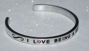 【送料無料】ブレスレット アクセサリ― ハンドメイドブレスレットi love being a secretary  handmade amp; polished bracelet