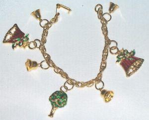 【送料無料】ブレスレット アクセサリ― カラフルエナメルクリスマスゴールドトーンチェーンブレスレットcolorful enamel christmas charm gold tone chain bracelet m412